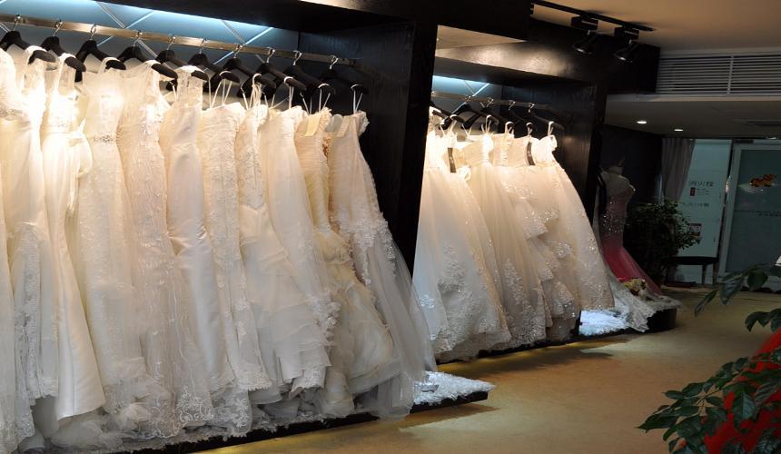 北京婚纱礼服店加盟