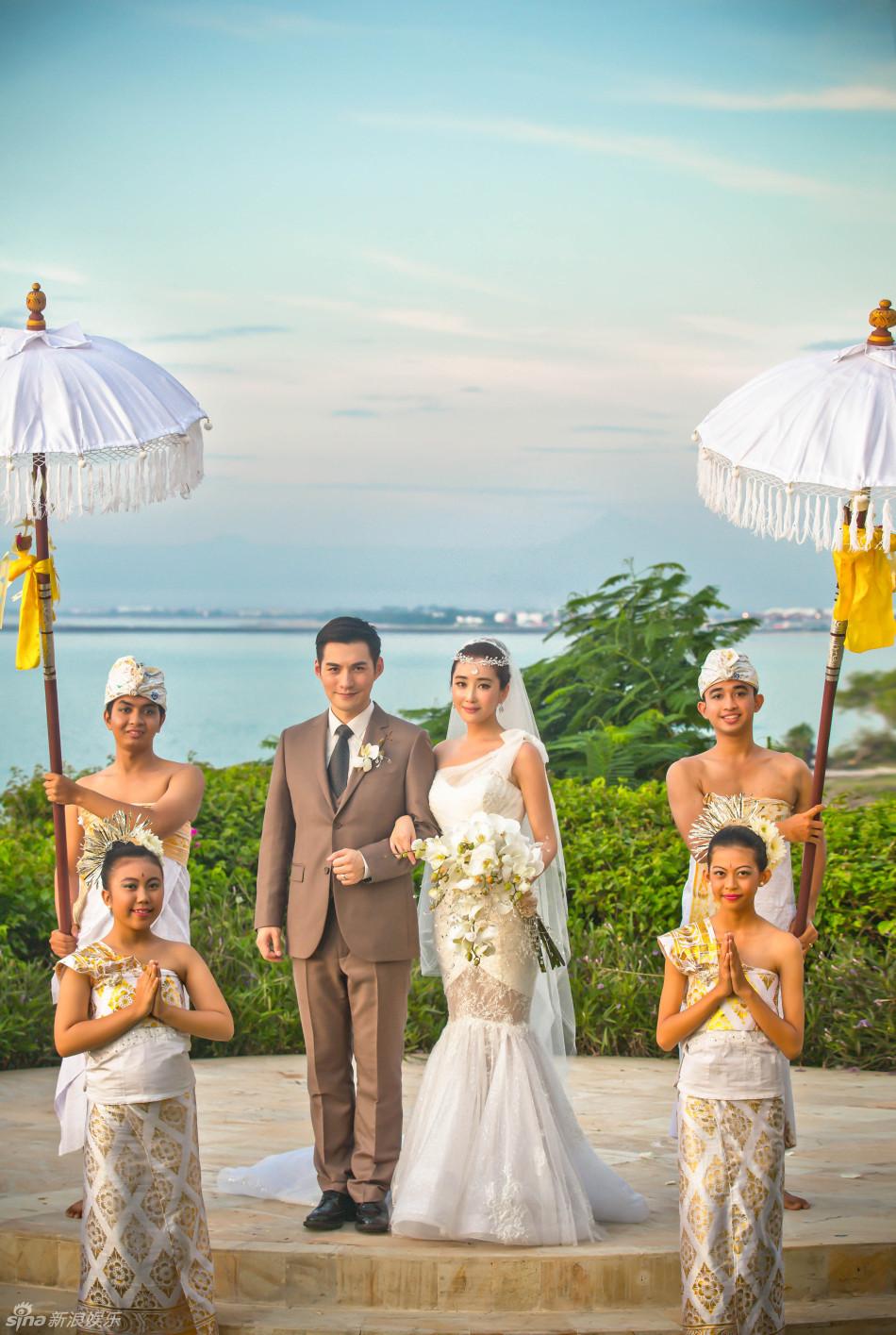 严屹宽与杜若溪巴厘岛完婚 婚纱婚礼现场高清图集